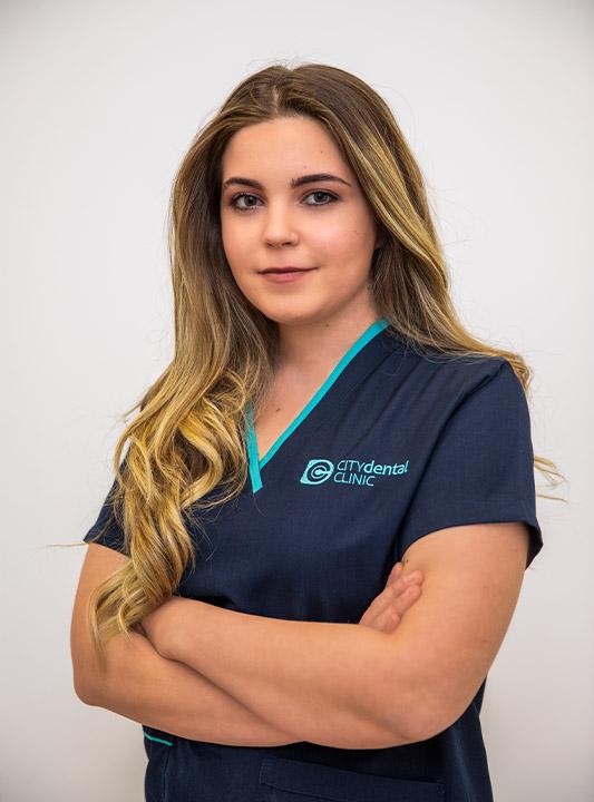 Dr. Gisela Muça